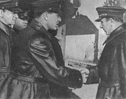 Командующий В.Ф. Трибуц (1942 год)